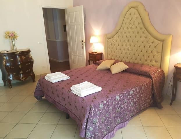 "B&B TORRE DEI SARACENI - Private room ""Ninea"""