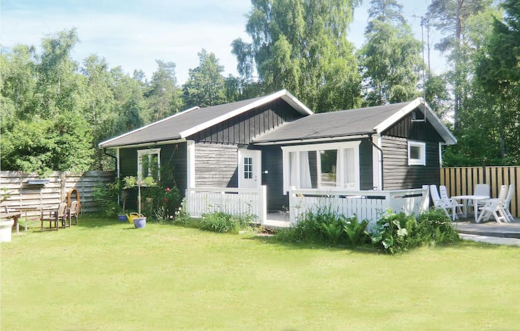 Holiday cottage with 2 bedrooms on 53m² in Mörbylånga
