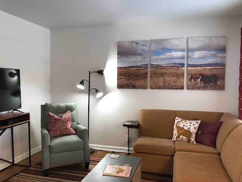 Up to date 2 BR in heart of Sugar House