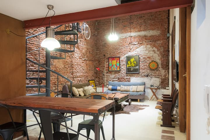 SAN TELMO /Renovated  trendy new Loft 4 pax