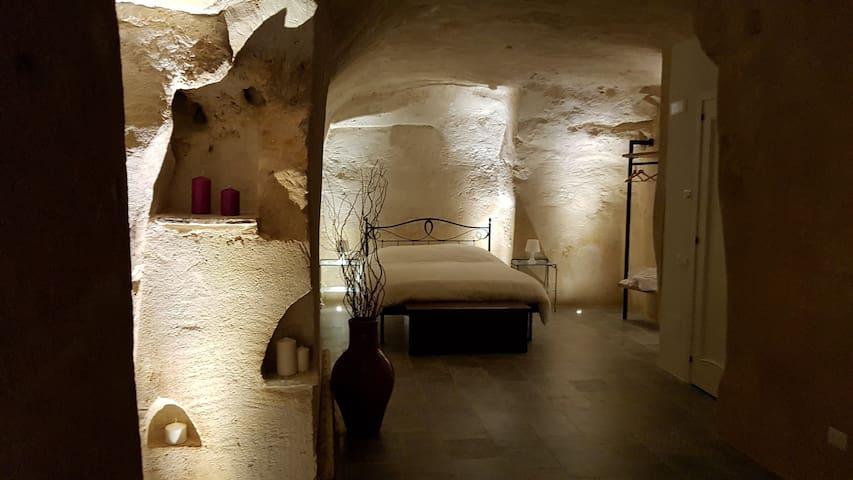 Il Vialetto nei Sassi casa scavata nel tufo
