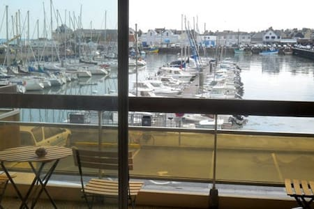 """Le Hasting"" Appartement sur port, Grandcamp Maisy - Apartment"
