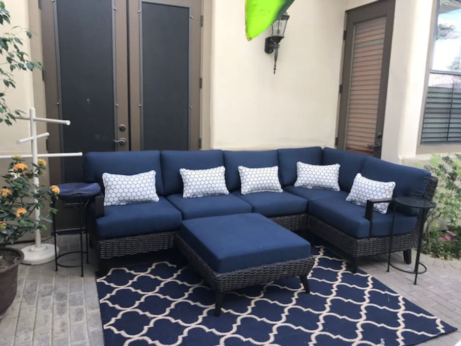 Outdoor Living Room expands the usable space for Guests.