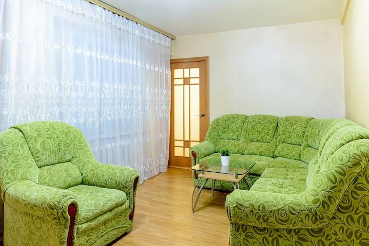 "Апартаменты ""Две Подушки"" на Ленина 66В"