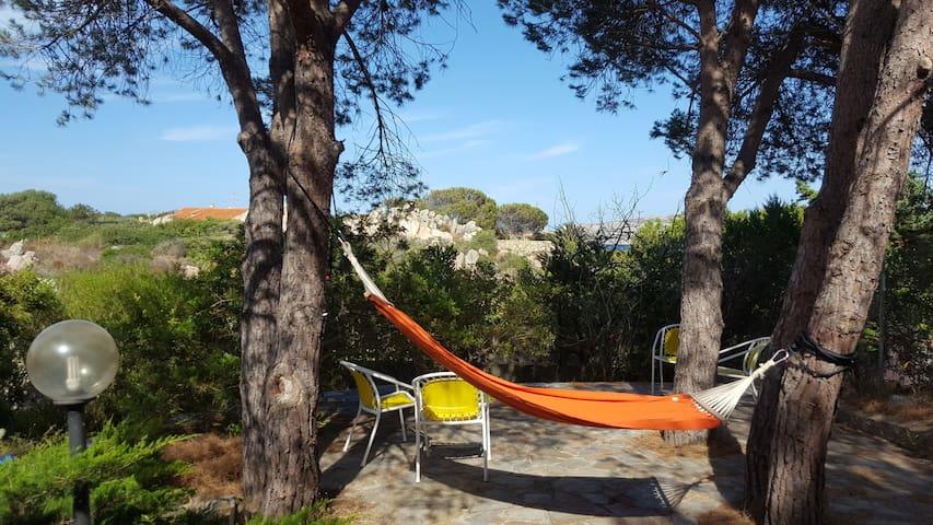 Spazioso monolocale indipendente - Villaggio Piras