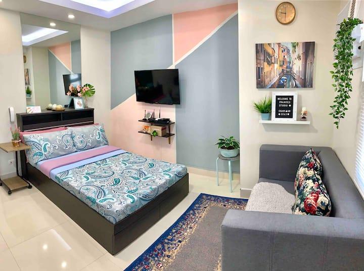 FrancesStudio: Cozy Living in Ortigas Center