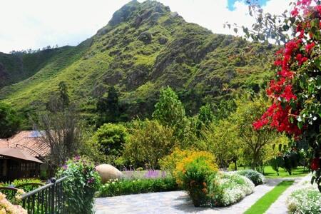 Hermosas casas / Valle Sagrado B - Urubamba