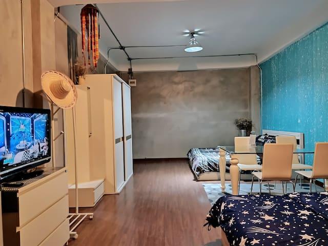 4pp in Family suite•K&Q beds •Bathtub•MRT•Terrace