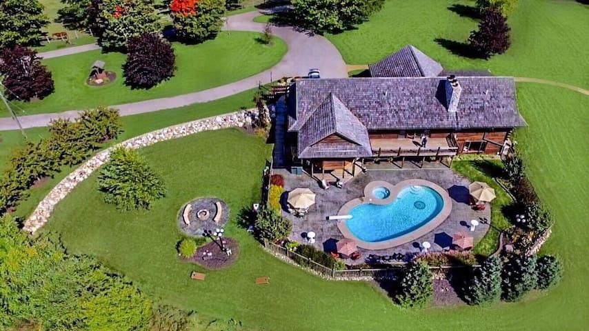 Iris Hills Lodge (Iris Hills Weddings & Occasions)
