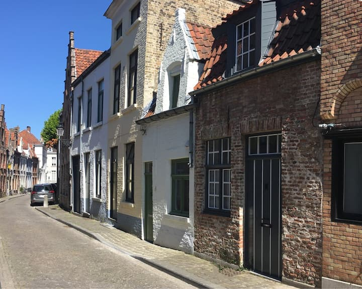 Cosy charming calm studio in the heart of Bruges
