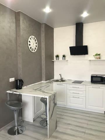 Уютная новая квартира в центре города