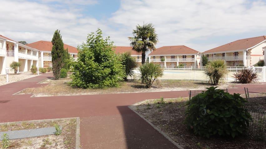 Appart RdC PMR résidence tourisme piscine chauffée - Le Verdon-sur-Mer