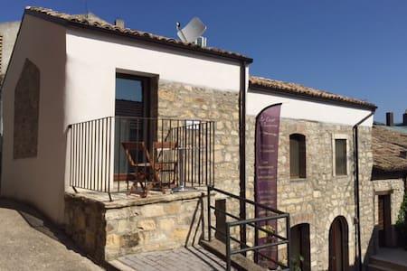 La Casa del'Asinello - Le Case di Tavenna - Tavenna - Townhouse