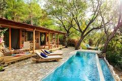 Villa+Eta+near+by+Akyaka+%28Stone+House%29