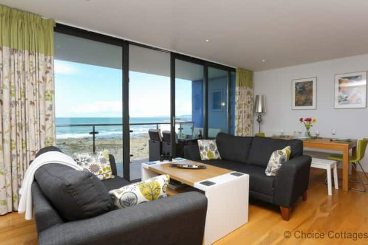 WESTWARD HO! HORIZON VIEW 17 | 2 Bedrooms| Spectacular Sea Views | 5* Reviews