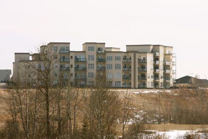 Fort Saskatchewan's Finest Condo Living on river