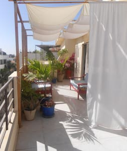 Chambre avec sdb privée près de la plage de Ngor - Dakar - Lejlighed