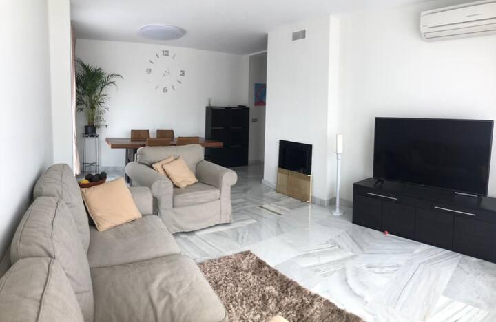 Luxury apartment in ubr. Parque botanico