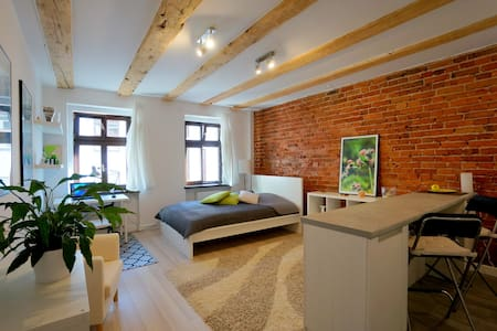 Truly stunning studio apartment in Old Town! - Wrocław