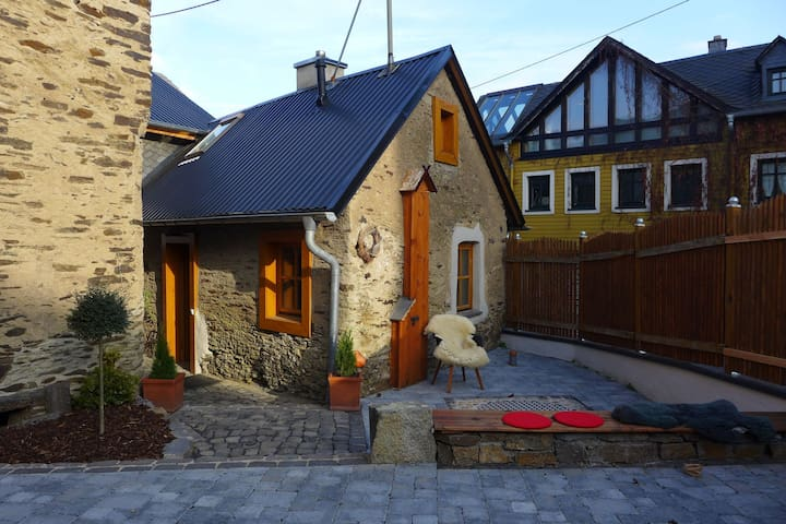 Beautiful, cosy, 1800 farmhouse with sauna in peaceful surroundings