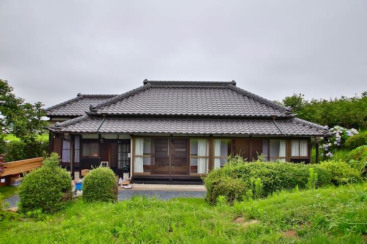 New! 築百年古民家「霞望苑」東京から1時間、霞ヶ浦湖畔、釣り・BBQ楽しめる!グループのみ利用可
