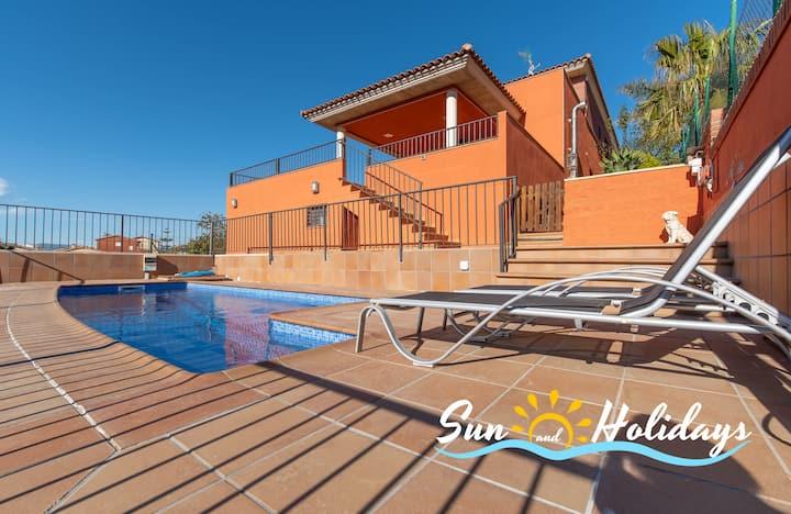Villa Leonor con piscina y air acondicionado