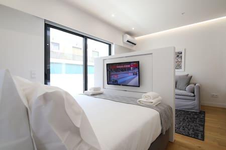 Bedroom Open Floor Design