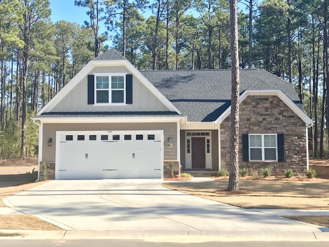 Quiet new house with all amenities - Southern Pines