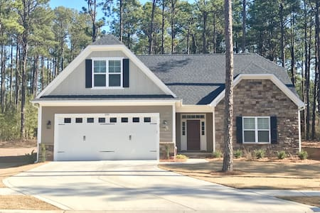 Quiet new house with all amenities - Southern Pines - Casa