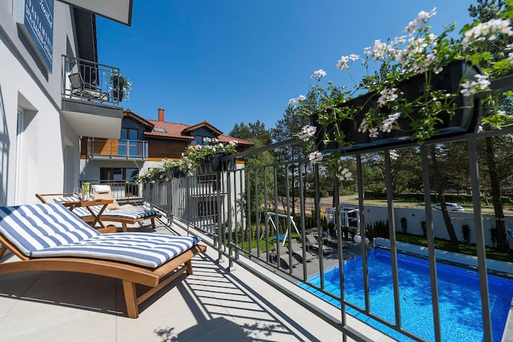 Luksusowy apartament 3 osobowy  350m od morza - Dąbki - Apartament