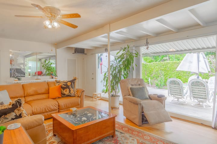 Family Home w/ Office, Quiet, Clean, Near Hospital
