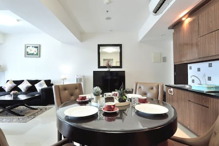 Cozy living 2BR Apartment @Kota kasablanka Mall