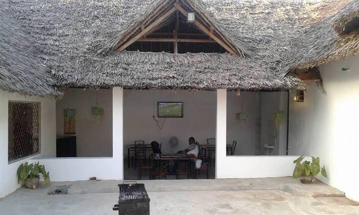 Zizini Beach Lodge room 5