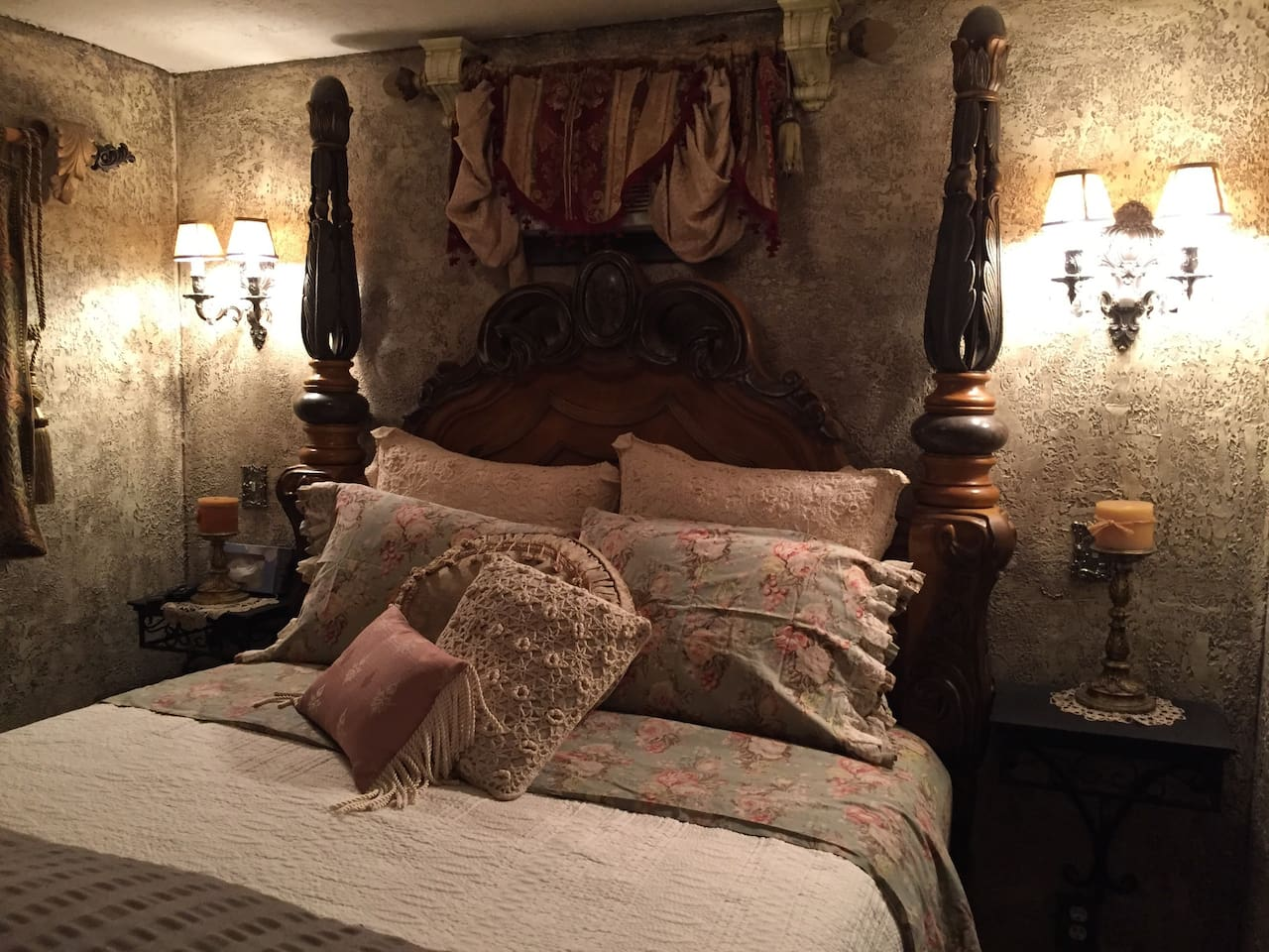 This is the bedroom in Romeo's Haven.  Private, Queen size bed with designer sheets, down comforter, down pillows
