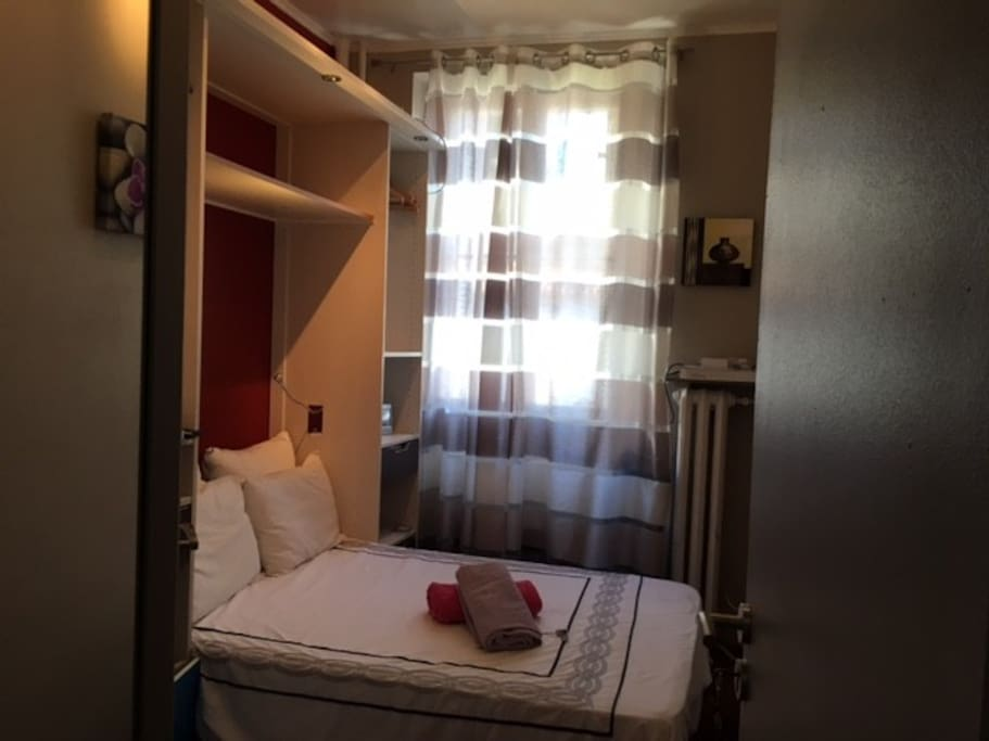 small private room wohnungen zur miete in cannes provence alpes c te d 39 azur frankreich. Black Bedroom Furniture Sets. Home Design Ideas