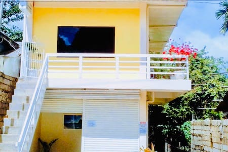 Charming Apartment in the Historic town of Taytay