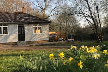 Cottage with wood-fired hot tub, sleeps 6-8 people