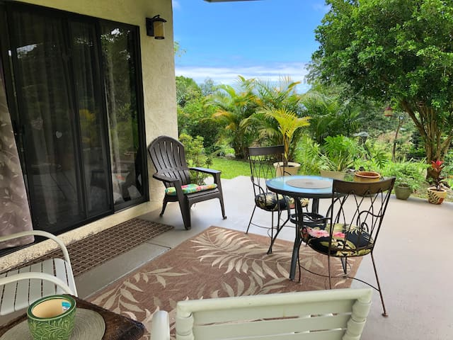 Kona Country Place (Clean & Cozy for Your Stay)