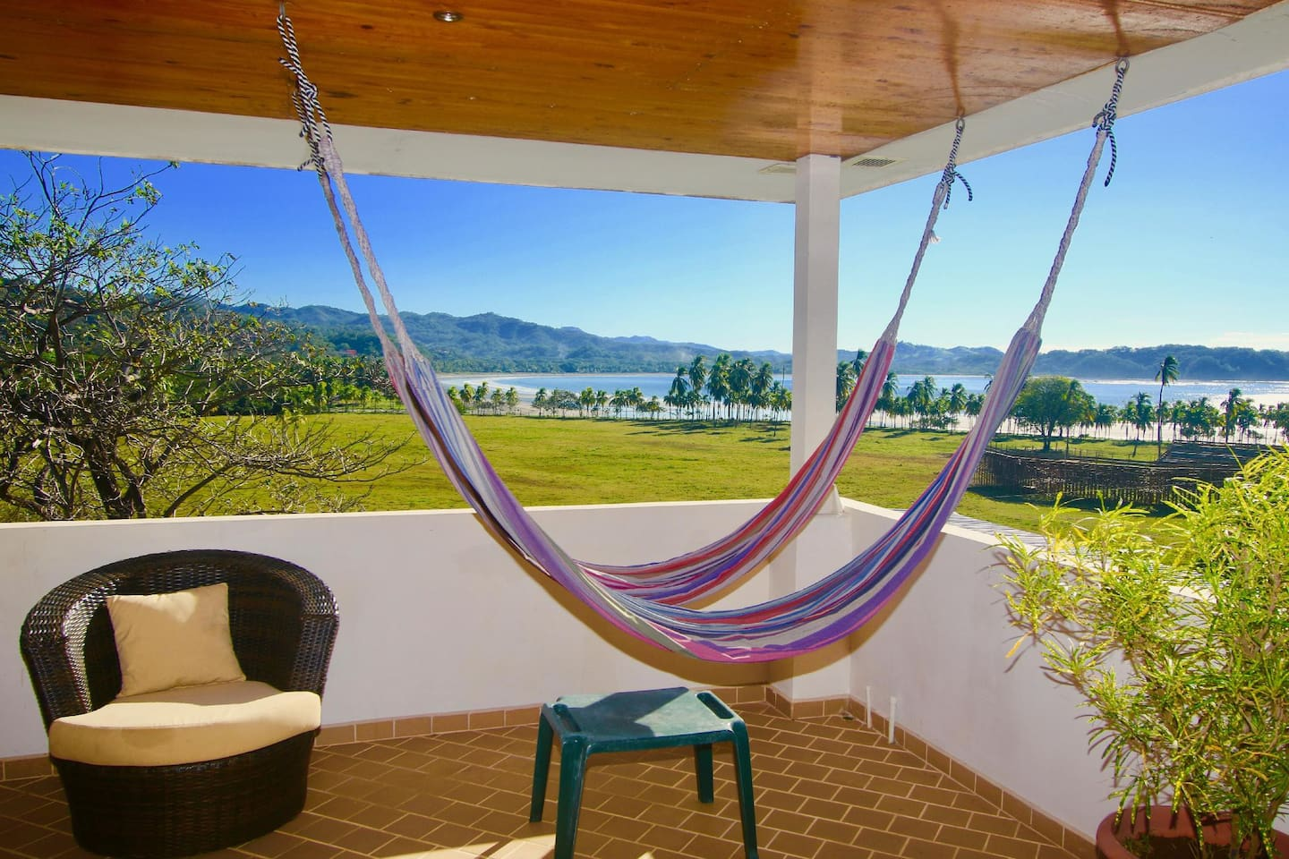 Congo Lounge - amazing views and breezes, for all guests located on the fourth floor.