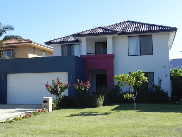 Modern and Comfy in Riverton Western Australia