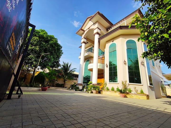 Fancy Villa