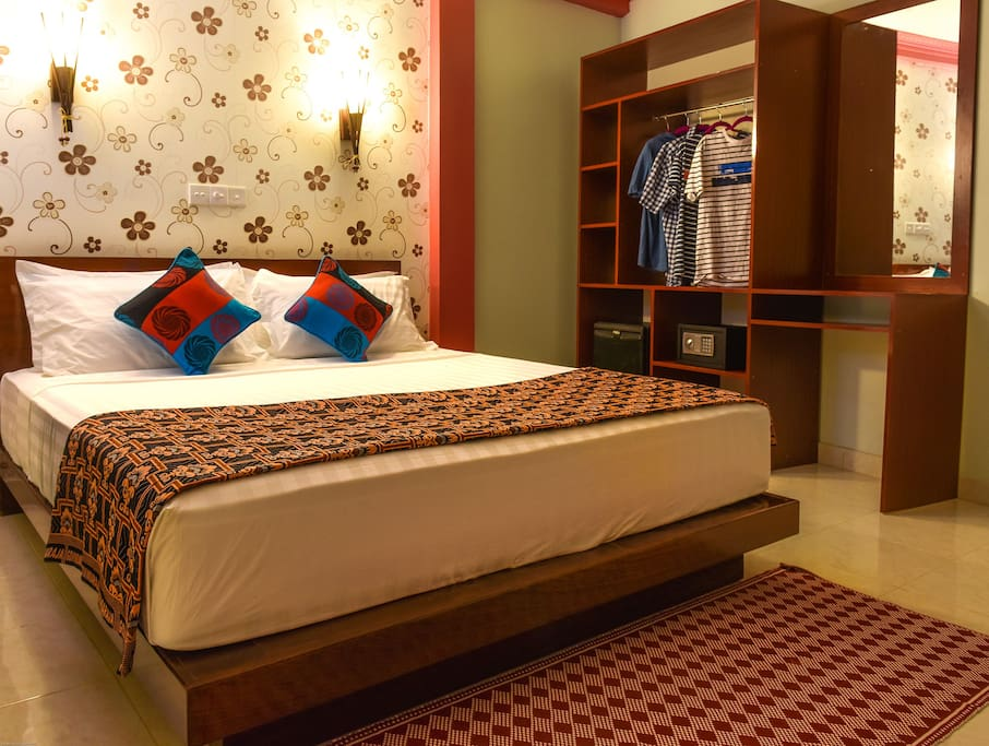 This is Our verenda room..it has its own sitting area infront of the room.Room has it own private toilet. Room include: TV,mini bar,wardrobe and wifi