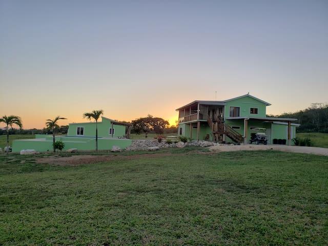 La Familia Farms- Luxury Accommodations