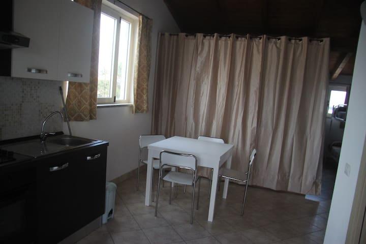 appartamento centralissimo - San Giovanni Suergiu - Apartment