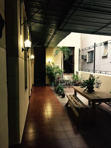 Newly renovated 3 bed house in heart of Havana