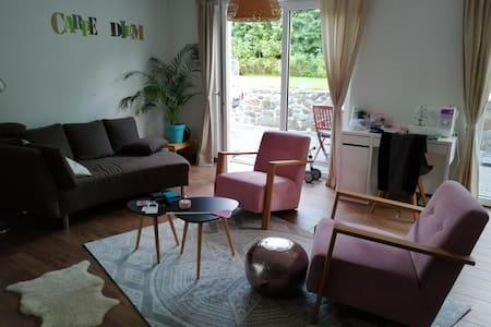 Leerstehende Wohnung mit Garten in OS-Widukindland