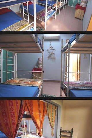 KHATUMBIRI YOGYAKARTA Dormitory room for 8 person