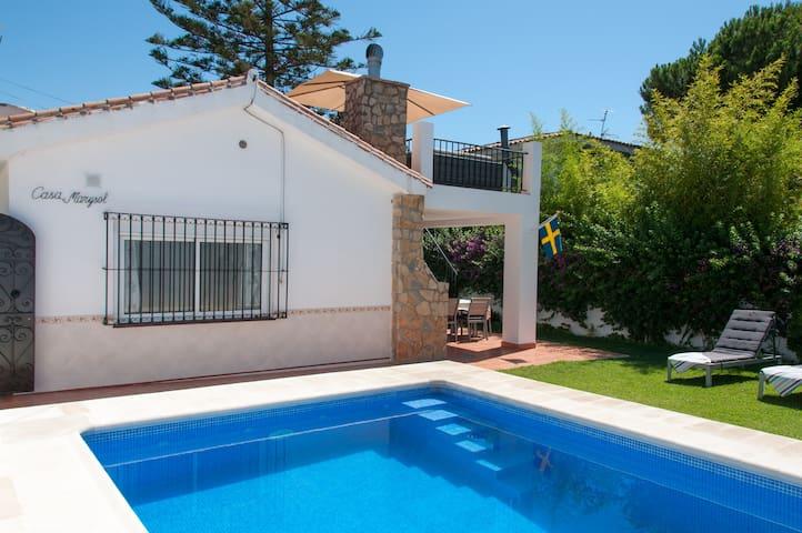 Villa in Fuengirola (Los Boliches)