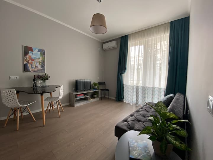 Tbilisi-Loves-You apartment by Sophie