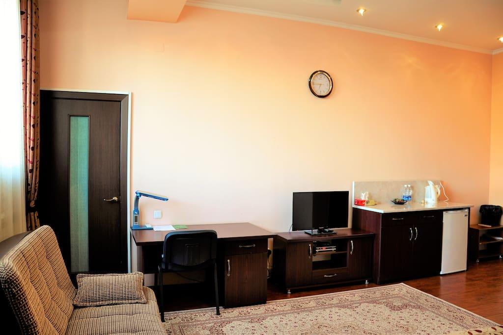 Просторная комната кабельное телевидение, бесплатный Wi-Fi.